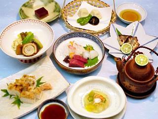三栄の夕食のお献立