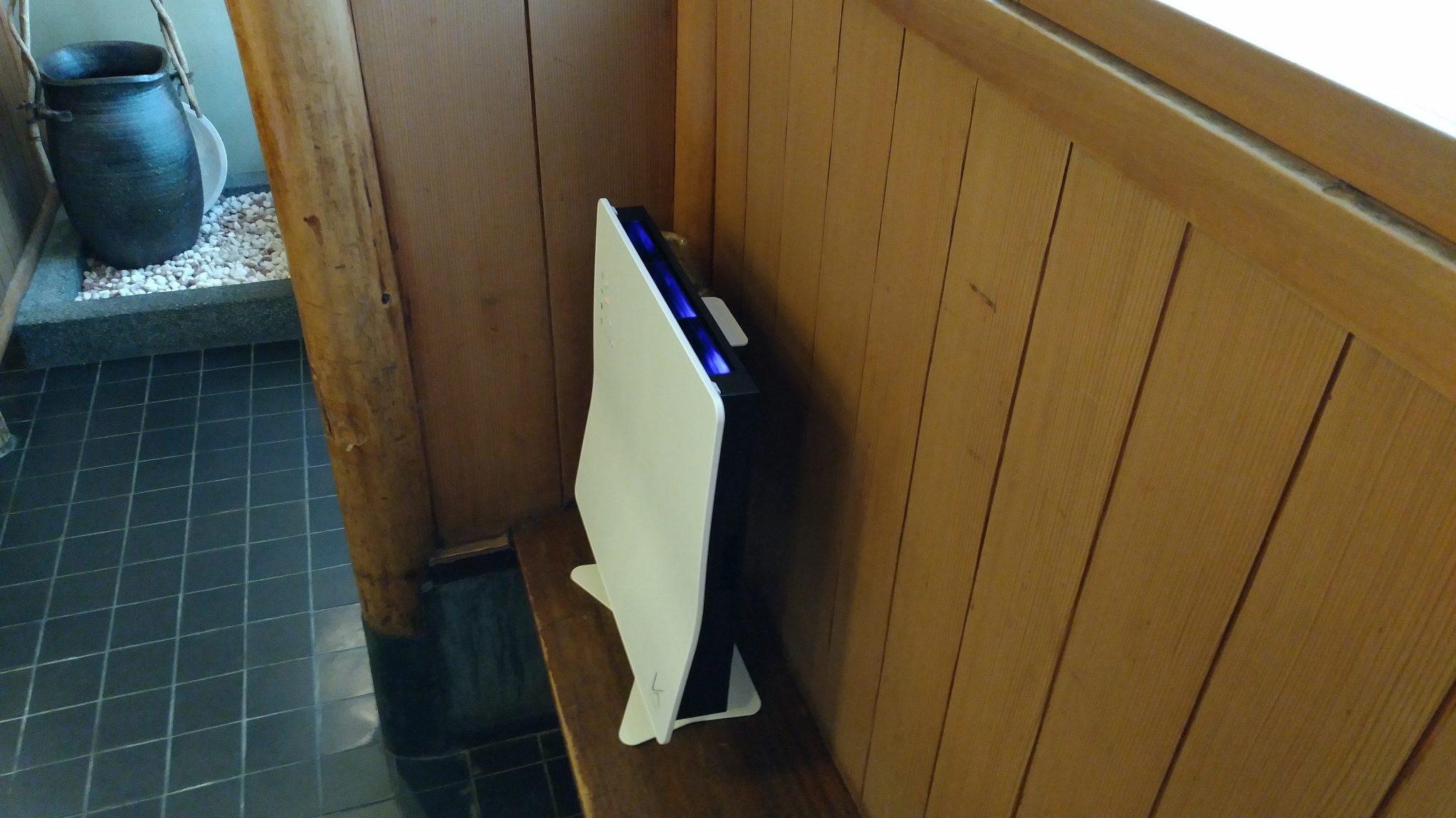 空間除菌装置3台導入!アクリル板完璧設置!